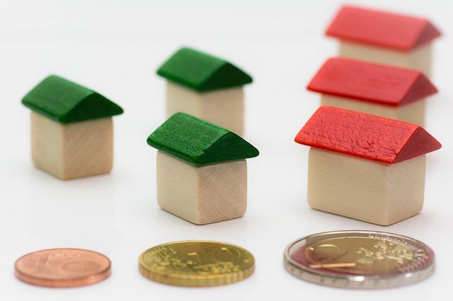 cena střechy