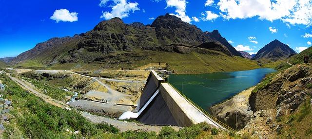 hydroelektrárna v Peru.jpg