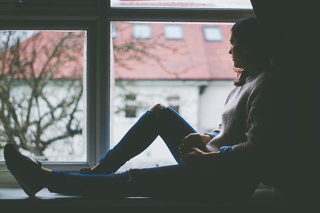 posezení u okna
