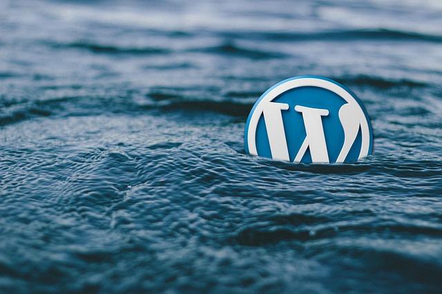 ikona webu koupající se v moři